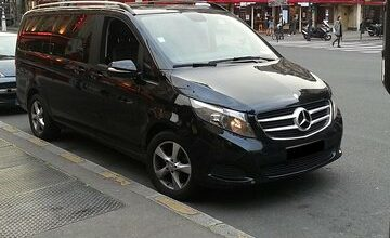 Shuttle from Paris to airport Le Bourget