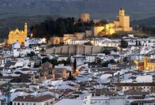 4e 95 220x150 - Private Seville tour and day trip to Antequera for up to 8 persons